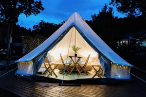 Russell TOP 10 - Glamping Tent