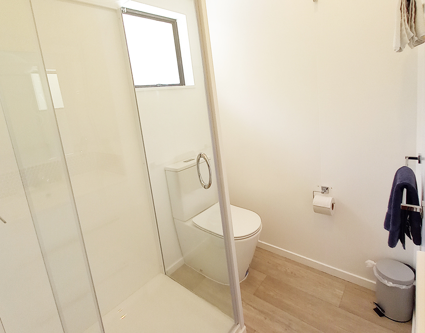Villa_Bathroom2_Newbook_840x660